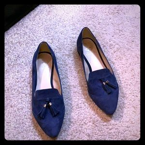 Vince Camuto navy flat